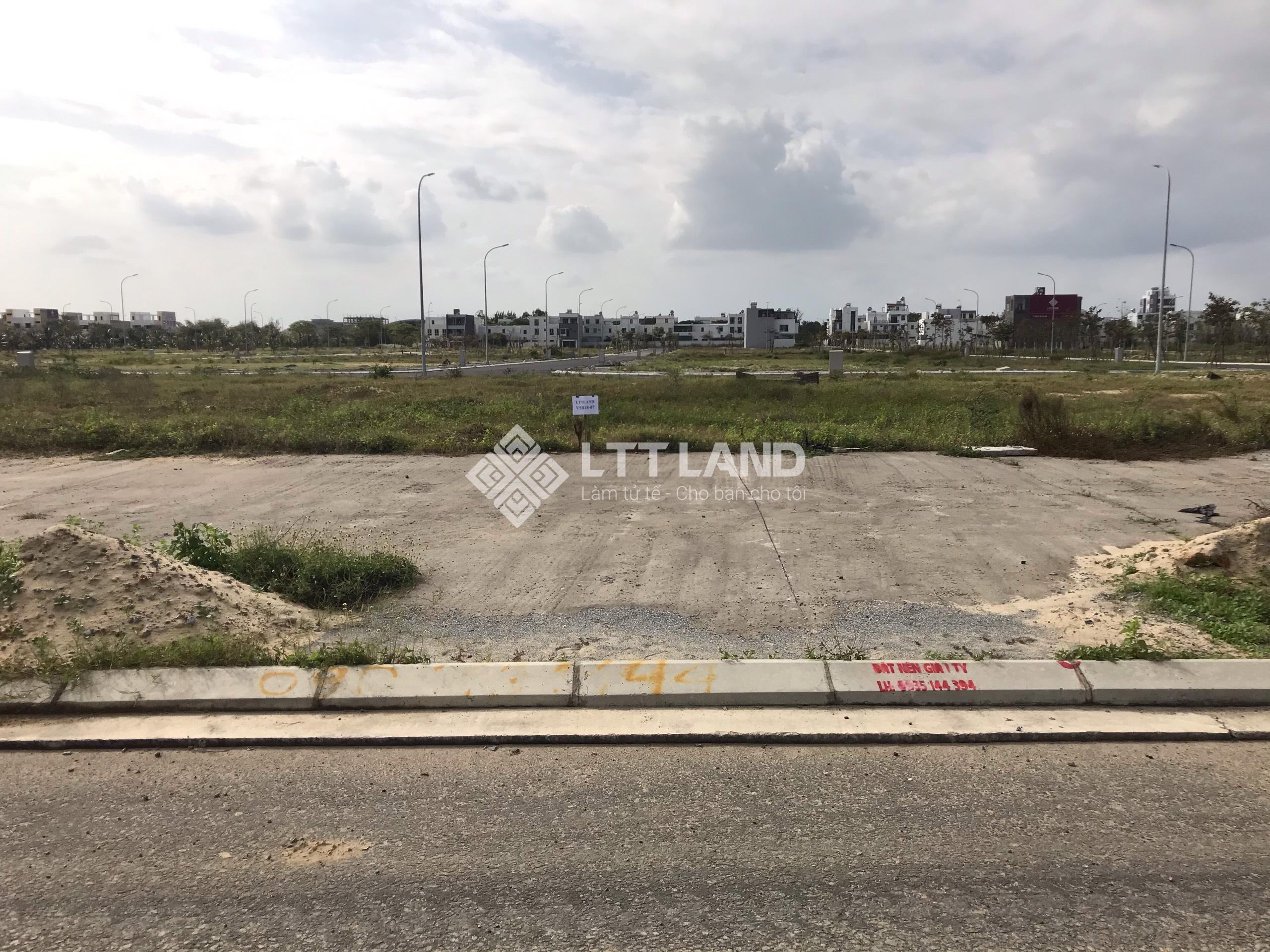 Giá sập sàn đất FPT Đà Nẵng 111,4m2 trục Bắc Nam hướng