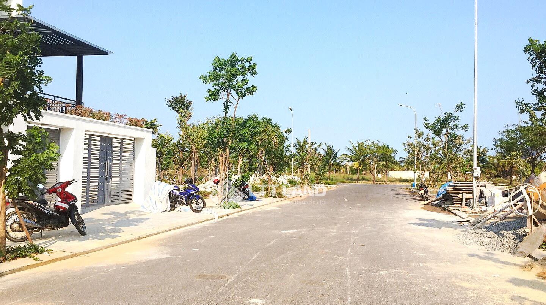 Bán lô 216m2 FPT Đà Nẵng LTTLAND