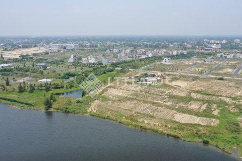 Lo-goc-hai-mat-tien-truoc-cong-FPT-City-156-1-m2 (32)