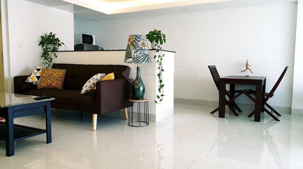 Cần bán Tòa nhà Apartment gần biển Mỹ Khê Đà Nẵng.