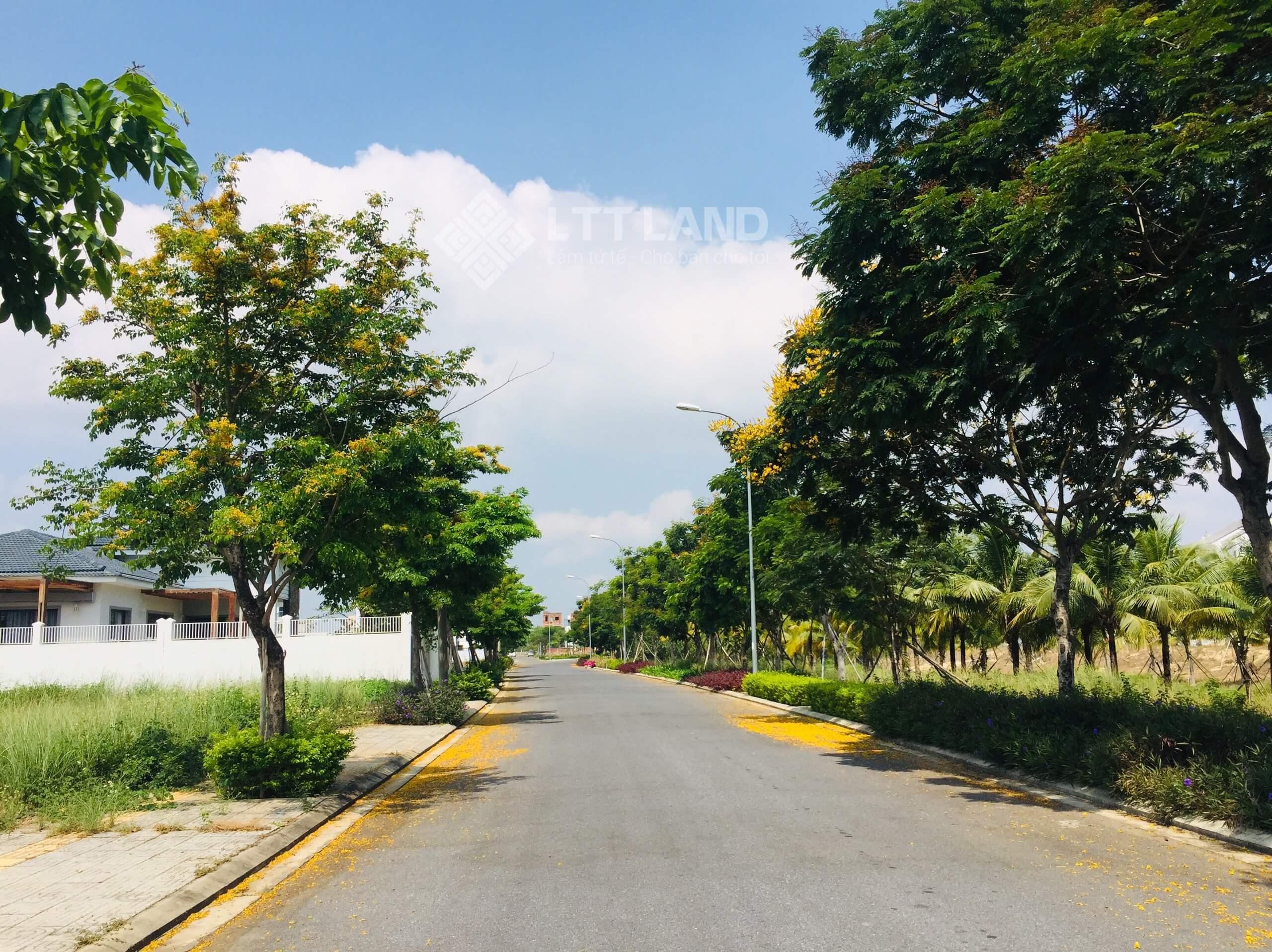 Cần bán Nhanh 144m2 FPT City Đà Nẵng